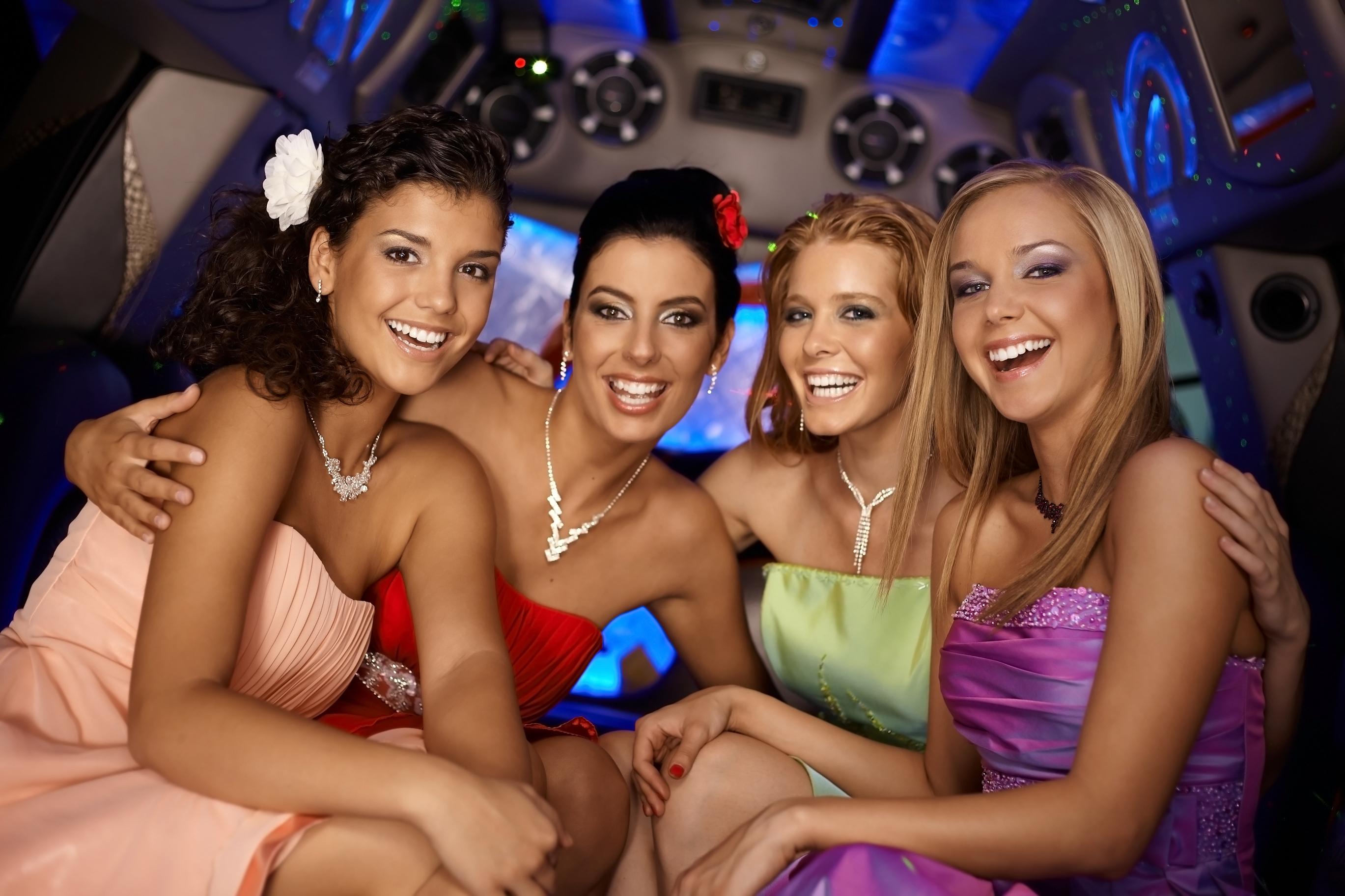 Телки вип клубах, Вечеринка в клубе - 61 видео. Смотреть вечеринка в клубе 9 фотография